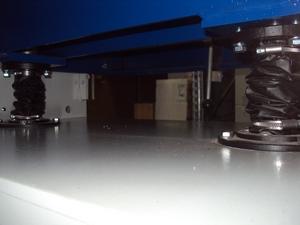 Рейсмусовый станок СР6-20М1, рабочий стол зафиксирован на двух опорах
