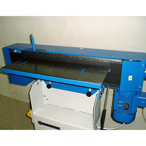 Ленточный кромкошлифовальный станок HB 800. Поднятый стол.