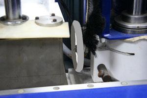 Станок шипорезный односторонний с клеенамазкой Beaver-16AG, точная настройка фрезерного шпинделя