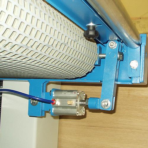 Калибровально-шлифовальный станок консольного типа Cindy. Центрирование конвейера.
