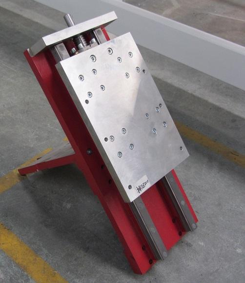 Усиленная конструкция шпиндельной площадки фрезерного станка с ЧПУ Beaver 2513AVT6