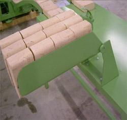 стол упаковочный с запайкой и приспособлением для упаковки по 10 кг