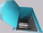 Удаление щепы может быть механизировано с помощью пневмотранспорта или ленточного транспортера