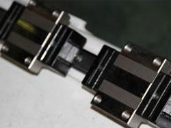 Картриджи смазки линейных направляющих фрезерного станка с ЧПУ Beaver 2513AVT6