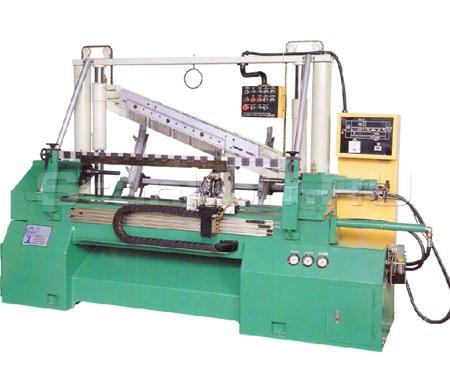 Станок токарный автоматический по дереву CP-350S