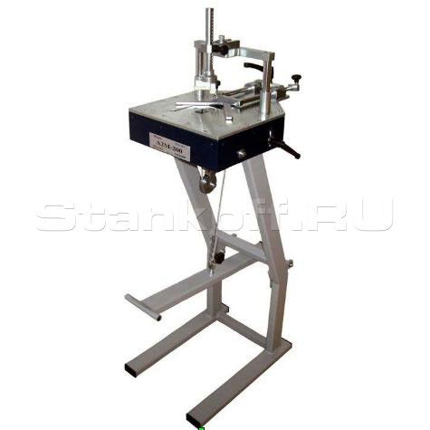 Механический станок для скрепления углов багетных рам Minigraf A2M 200