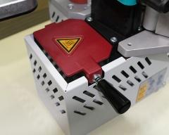 Кромкооблицовочная машинка с клеевой ванной PEB200