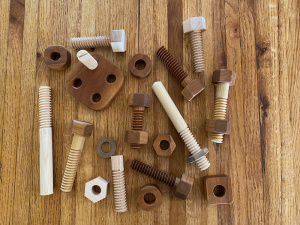 Деревянные винты и гайки с помощью фрезерного стола и 3D принтера своими руками