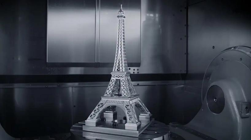 Металлическая Эйфелева башня изготовленная с помощью обрабатывающего центра с ЧПУ — интересное видео