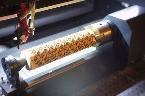 Идея для лазерной гравировки: Уникальные скалки с трафаретами