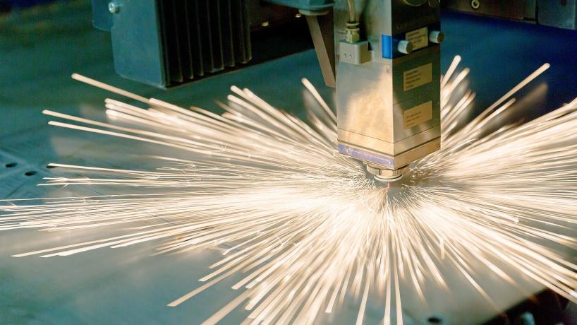 Лазерная резка толстых пластин: методы и навыки отладки процесса