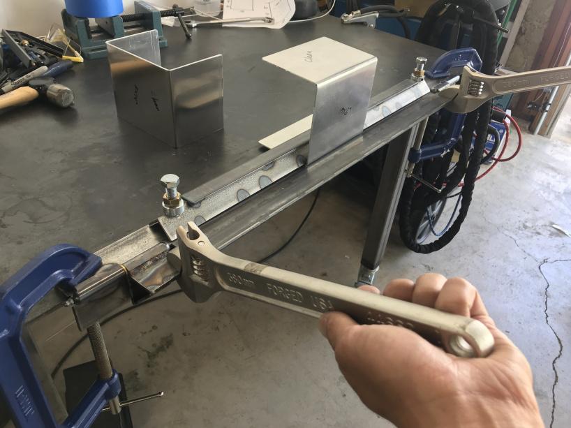 Ручной листогиб для гибки металла  — своими руками