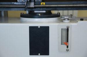 Полуавтоматический сверлильно-присадочный станок FL 213, удобная регулировка глубины сверления