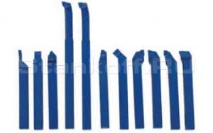 Набор токарных резцов с напайными пластинами, державка