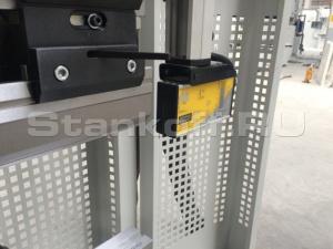 Лазерная система защиты рук оператора