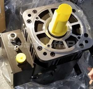 Главный двигатель - Серводвигатель