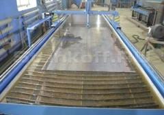 Рабочий стол – важная часть рамы. В его конструкцию входит водяная ванна.