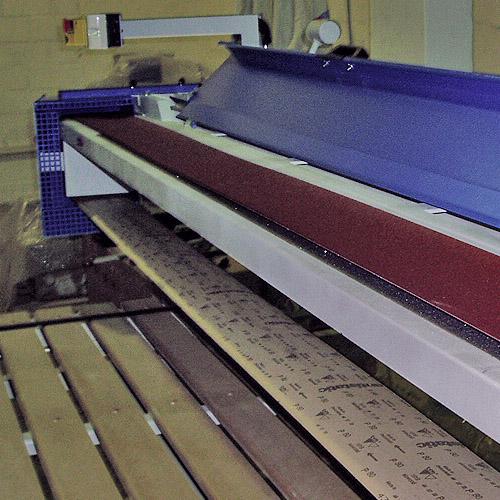 Ленточно-шлифовальный станок ECO, верхняя шлифовка.