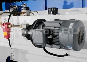 Главный двигатель SIEMENS (Германия)