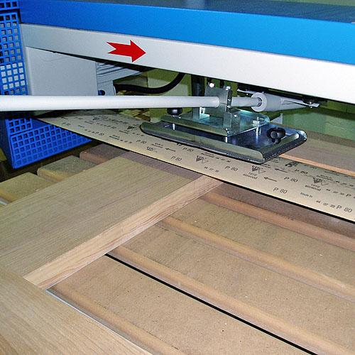 Ленточно-шлифовальный станок HUSKY, рамные конструкции.