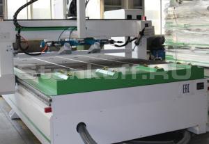 Ролики подачи материала и система автоматической разгрузки стола