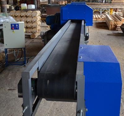 ленточный транспортер для подачи материала в дробилку