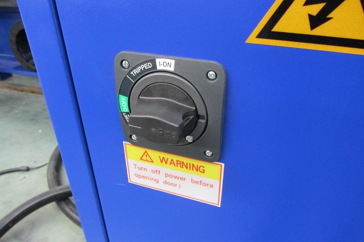 Промышленные системы запуска фрезерного станка с ЧПУ Beaver 1212AT3