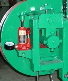 Ленточная пилорама с бензиновым двигателем Алтай-3 900Б-20