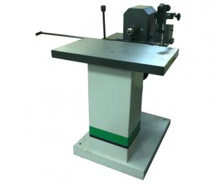 Сверлильно-пазовальный станок WoodTec SP200