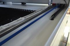 Лазерно-гравировальный станок с ЧПУ LM 1390 PRO