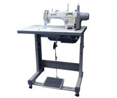 Прямострочная швейная машина с прямым приводом и электронными функциями Brother S-7100A-403