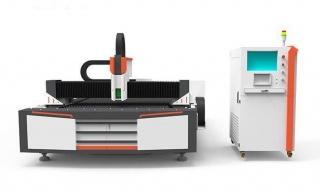 Оптоволоконный лазерный резак по металлу XTC-F1325S/750 Raycus
