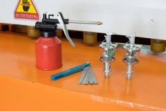 Гильотинные ножницы электромеханические SBJB 3x1300