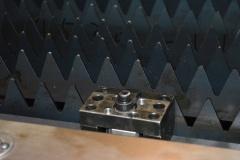 Оптоволоконный лазерный станок для резки листового металла и труб XTC-1530WT/2500 IPG
