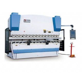 Синхронизированный гидравлический листогибочный станок с ЧПУ PBH 300/3100