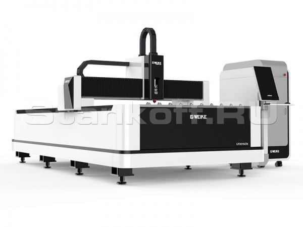 Оптоволоконный лазерный резак по металлу LF3015CN/2000 Raycus