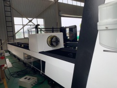 Оптоволоконный труборезный станок для резки металла LF60M/1000 Raycus