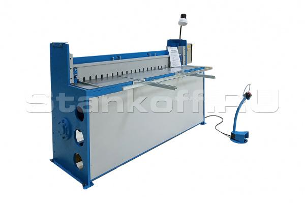 Гильотина электромеханическая для резки листового материала R 2.5/3000