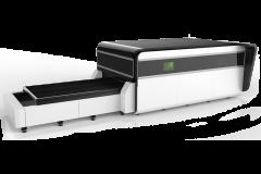 Оптоволоконный лазерный резак по металлу с кабиной LF3015GA/2000 IPG