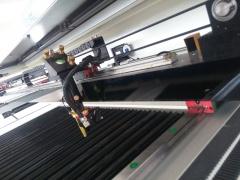 Лазерно-гравировальный станок LC-1390