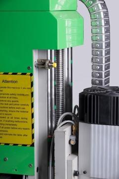 Фрезерный станок с ЧПУ RJ 1325 P с полуавтоматической сменой инструмента.