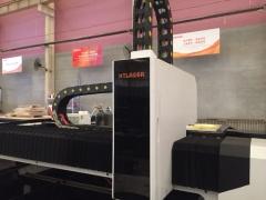 Оптоволоконный лазерный резак по металлу XTC-1530H/1500 Raycus