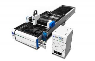 Оптоволоконный лазерный резак по металлу со сменным столом TC-E6015/1500 IPG