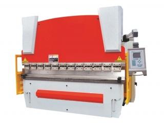 Гидравлический листогибочный пресс WE67K-160/2500