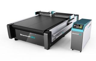 Режущие плоттеры для рулонных и листовых материалов с конвейерным столом серии PLT-A