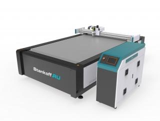 Планшетные режущие плоттеры для листовых материалов серии PLT-F