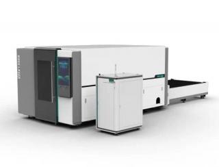 Оптоволоконные лазерные станки в защитной кабине для резки листов серии OR-PH